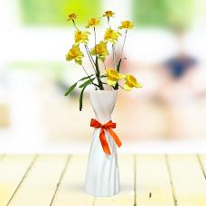 گلدان با 2 شاخه گل نرگس