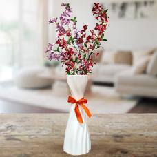 گلدان با 2 شاخه گل یاس